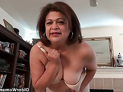 Milfs cristine and dalbin get home with new pantyhose 10